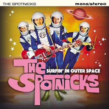 Spotnicks ,The - Surfin' In Outer Space( cd)